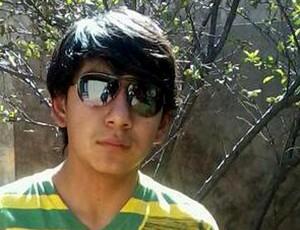 Kevin Espada, 14 anos, morto por um sinalizador atirado pela torcida do Corinthians em Oruro (fonte: http://andrebarcinski.blogfolha.uol.com.br/ - 07/03/2013)